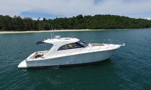 riviera yachts for sale used riviera 43' boat motor yacht express riviera yacht broker flagler yachts