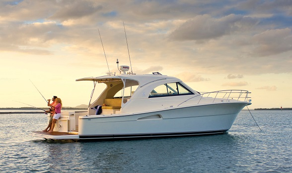 Used Riviera Yachts for Sale Pricing Search Express Convertible Enclosed Bridge Sportfish Models Information Images Brokerage Boat by Riviera Yacht Brokers Flagler Yachts