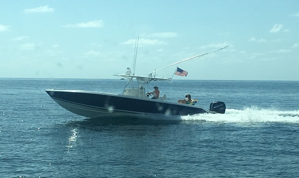 34 Venture 2006 Center Console for Sale Flagler Yachts 588x350