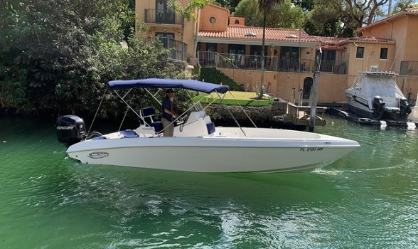 24 Spectre 2003 center console for sale Flagler Yachts