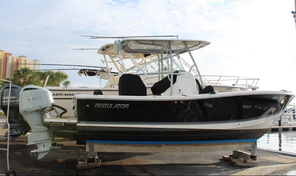 23 regulator 2018 for sale flagler yachts 588x350