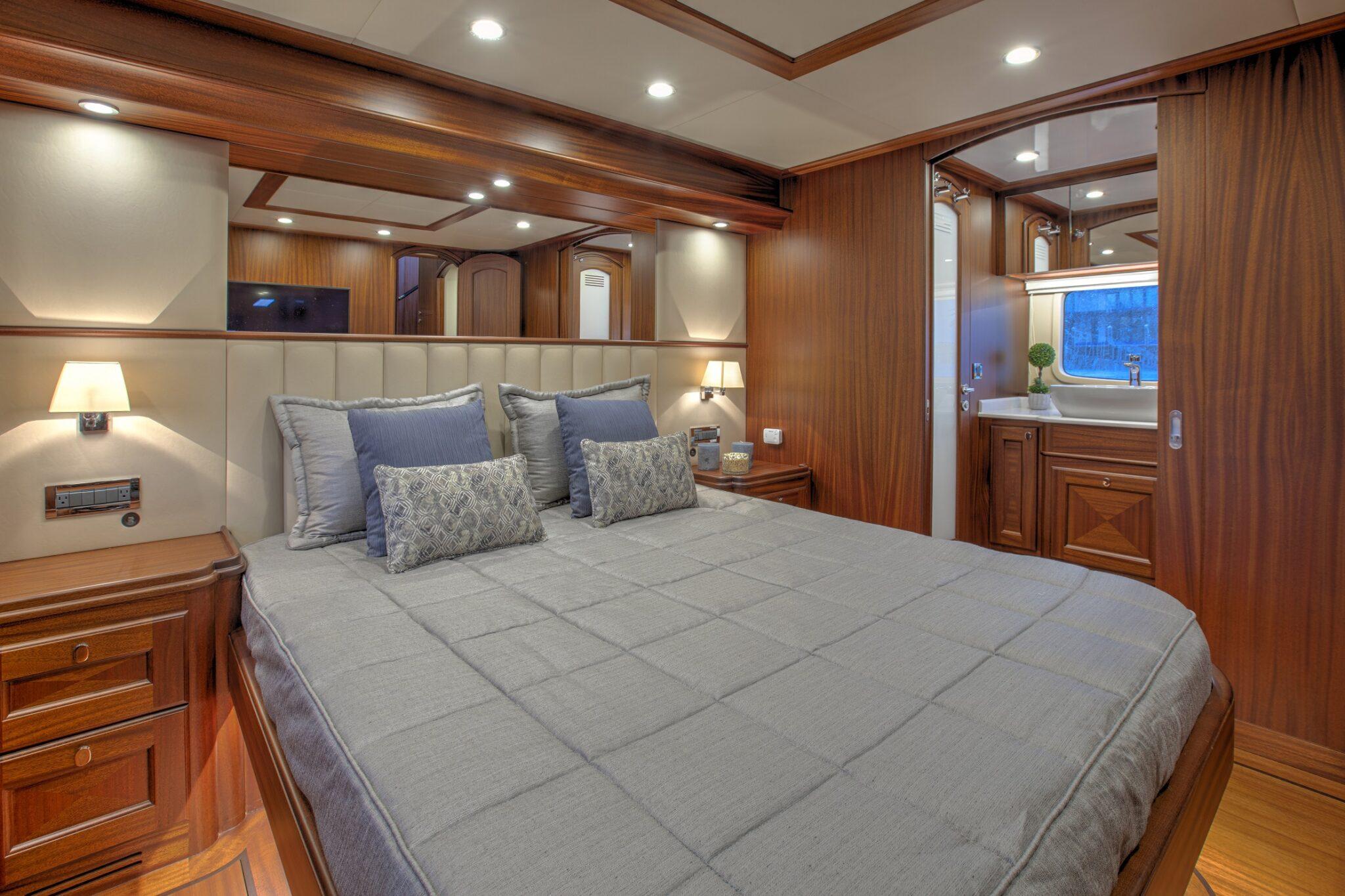 67 Vicem Cruiser for sale Flagler Yachts Master Stateroom