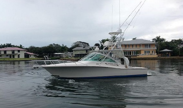 32 Cabo 2005 for sale Express Boat Flagler Yachts 588x350